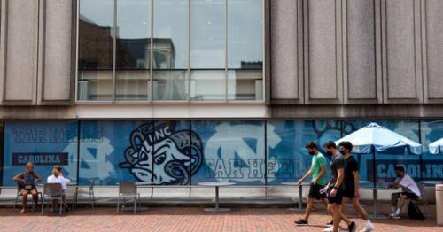 University of North Carolina journalism professors protest 'objectivity' in news reporting