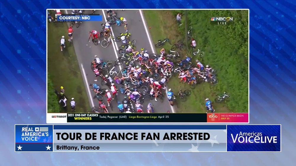 Woman Leans Into Tour De France Causing Huge Crash